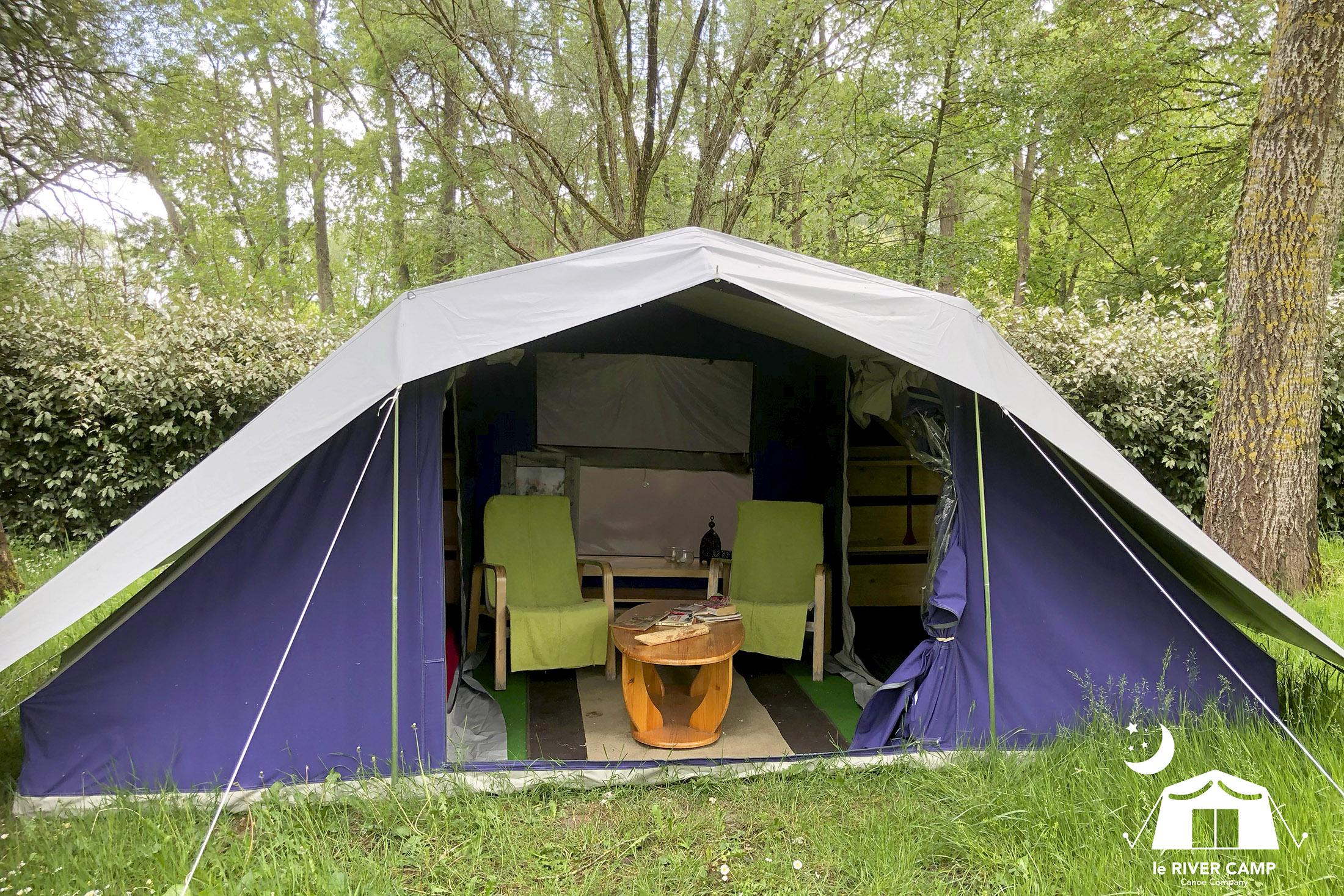 Tente équipée du River Camp Canoë Company